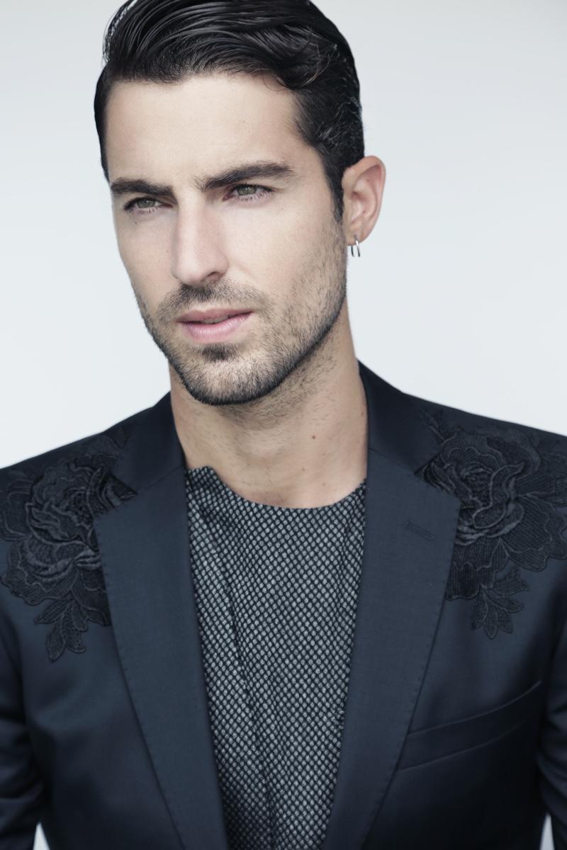 Antonio wears blazer Antonio Miro and shirt Emporio Armani.