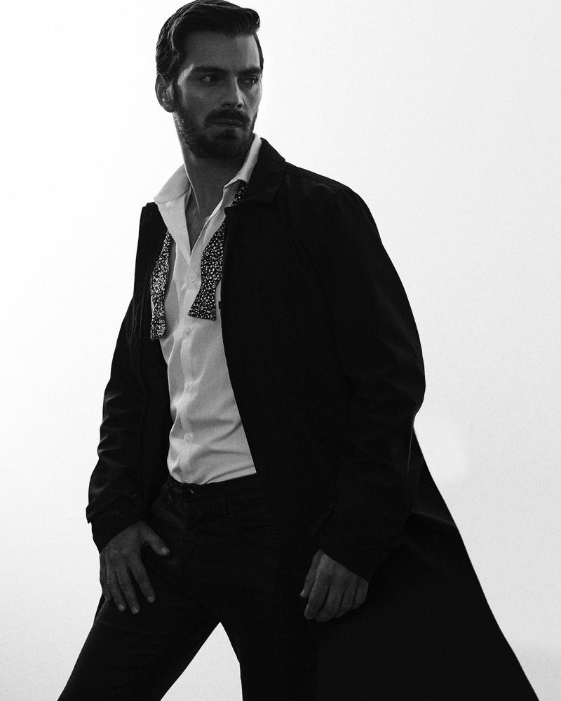 Felipe wears shirt Carolina Herrera, trousers Topman, coat Burberry, and bow-tie Garcia Madrid.
