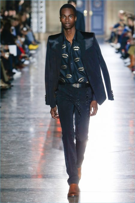 Clare Waight Keller Makes Givenchy Men's Debut with Spring '18 Collection