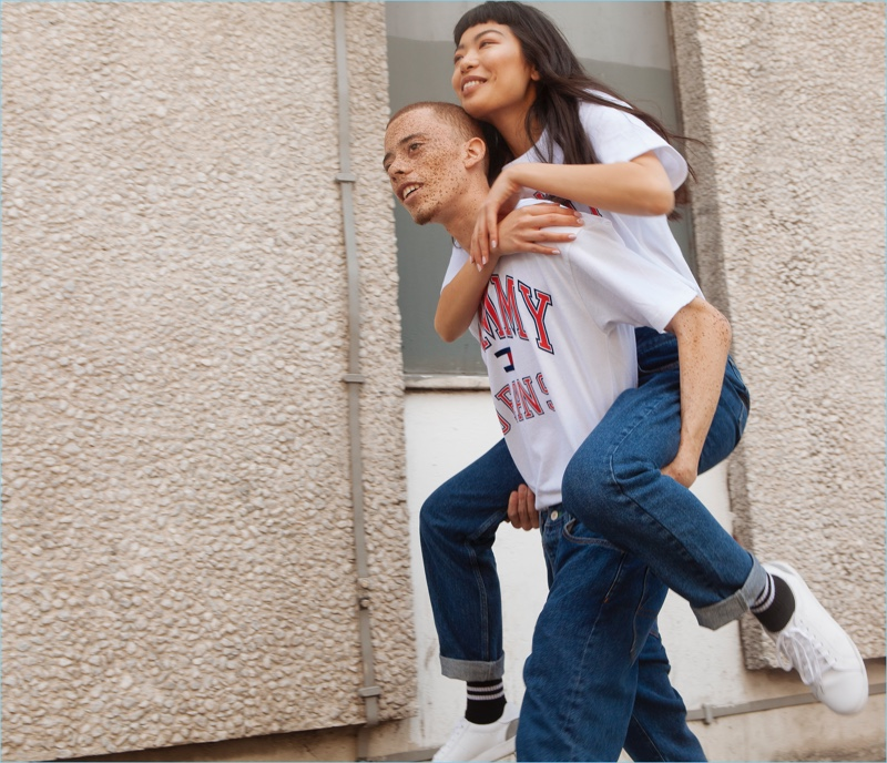 Tommy Hilfiger enlists Elliot Jay Brown and Jiahe Zhang for its new Tommy Jeans outing.
