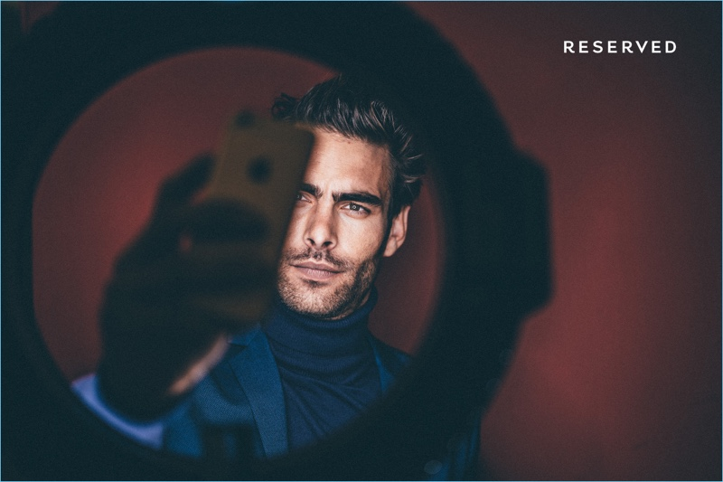Reserved taps Jon Kortajarena as the star of its holiday 2017 campaign.