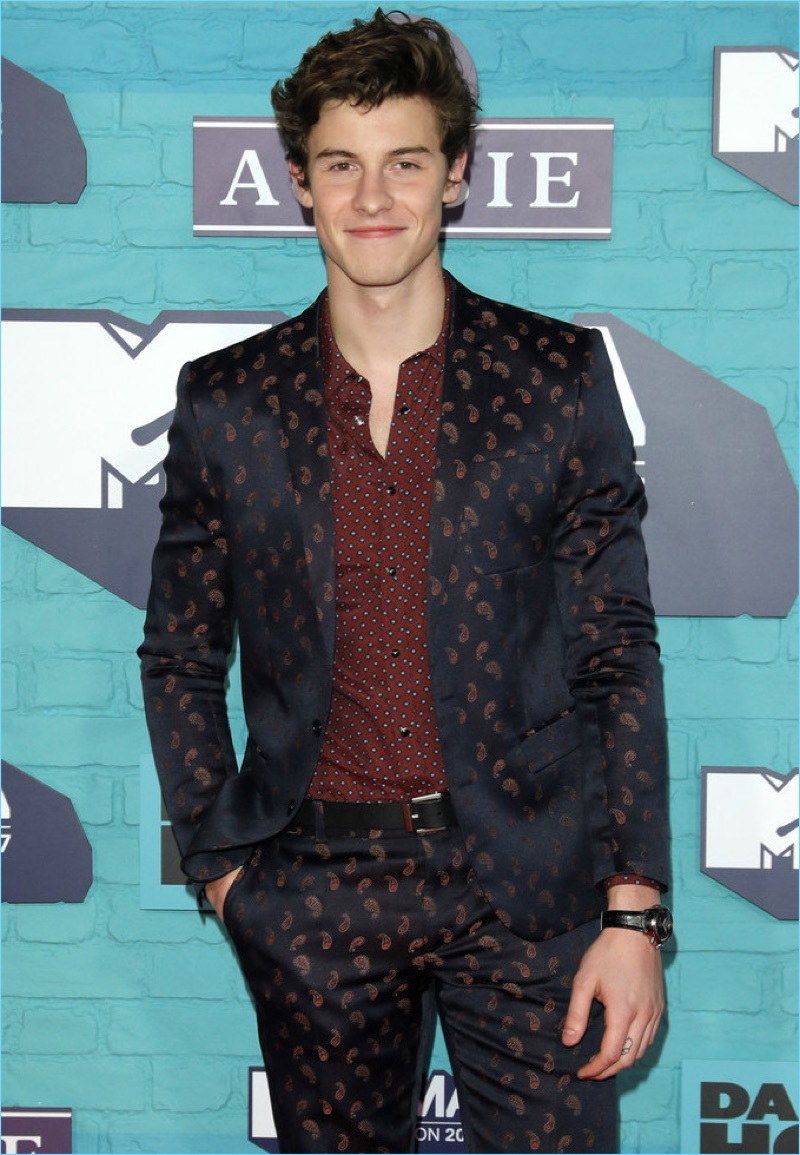 Shawn Mendes wears The Kooples to attend the 2017 MTV EMAs in London, England.
