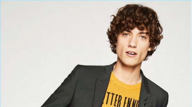 The Kooples Offers Parisian Spin on 90s Style for Spring '18 Collection