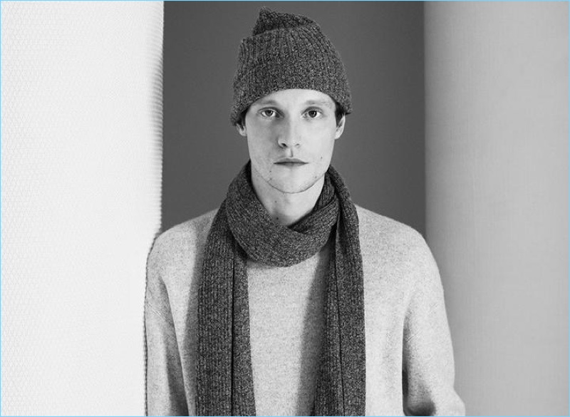Discover Theory's cashmere pieces with a ribbed raglan sweater, beanie, and scarf.