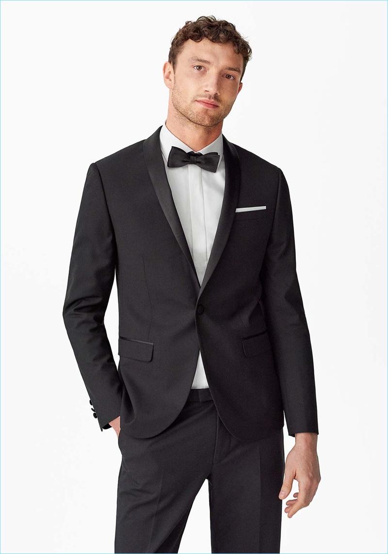 Jacob Coupe dons a sharp tuxedo from Zalando.