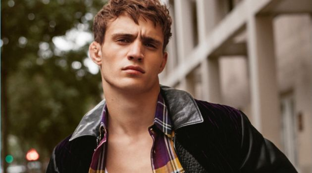 Julian Schneyder graces the pages of H magazine.