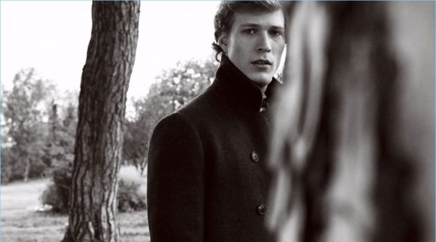 Collecting Moments: Sven de Vries Models Chic Massimo Dutti Looks