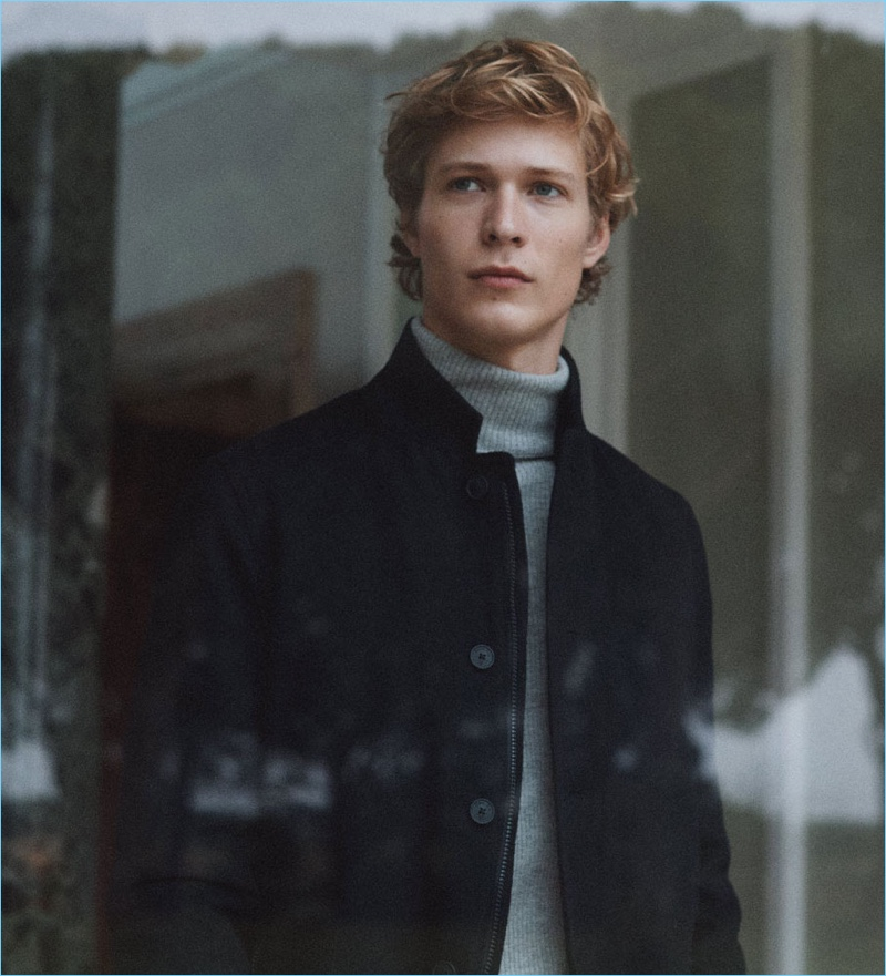 Massimo Dutti enlists Sven de Vries for a new men's style editorial.
