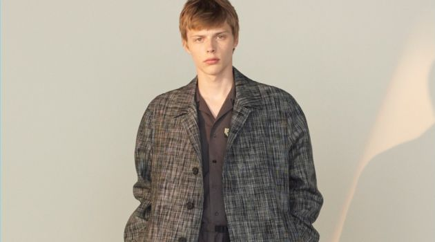 Stella McCartney Champions Travel Style for Spring '18 Collection