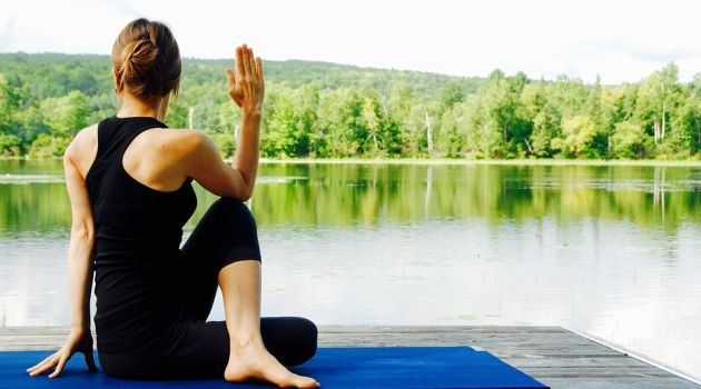 Choose the Right Clothes for Your Yoga