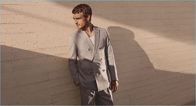 BOSS reunites with Benjamin Eidem for its spring-summer 2018 campaign.