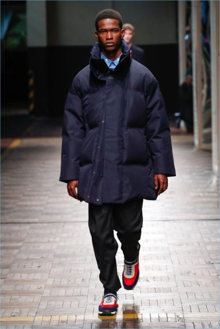 Dirk Bikkembergs Goes Oversized for Fall '18 Collection