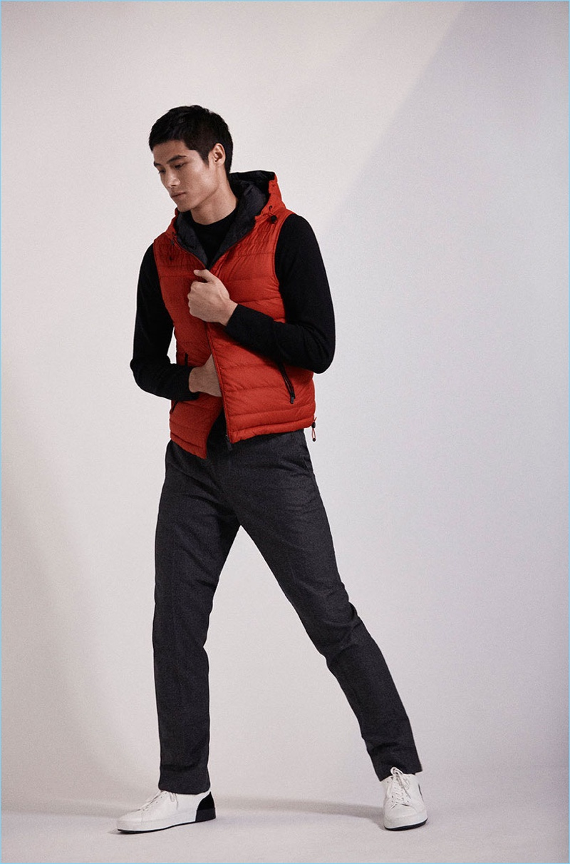 Wearing red and black, Hao Yun Xiang links up with Massimo Dutti for a shoot.