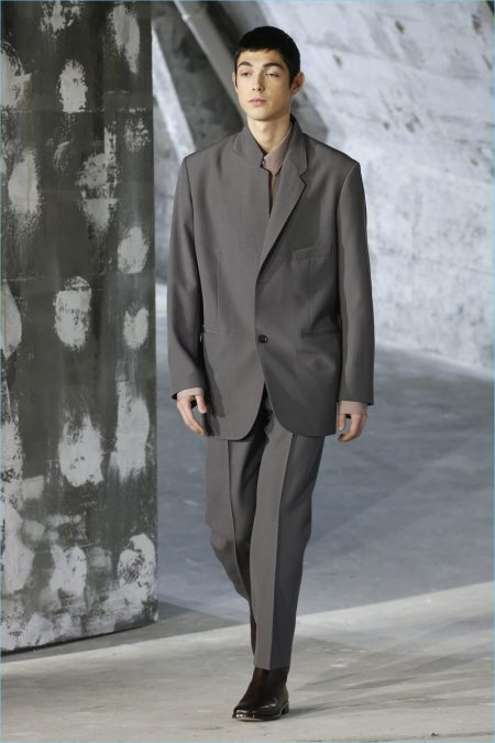 Lemaire Finds Strength in Fluid Lines for Fall '18 Collection