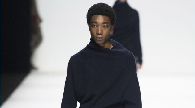 Jil Sander Brings 'A Human Future' to Milan for Fall '18 Collection