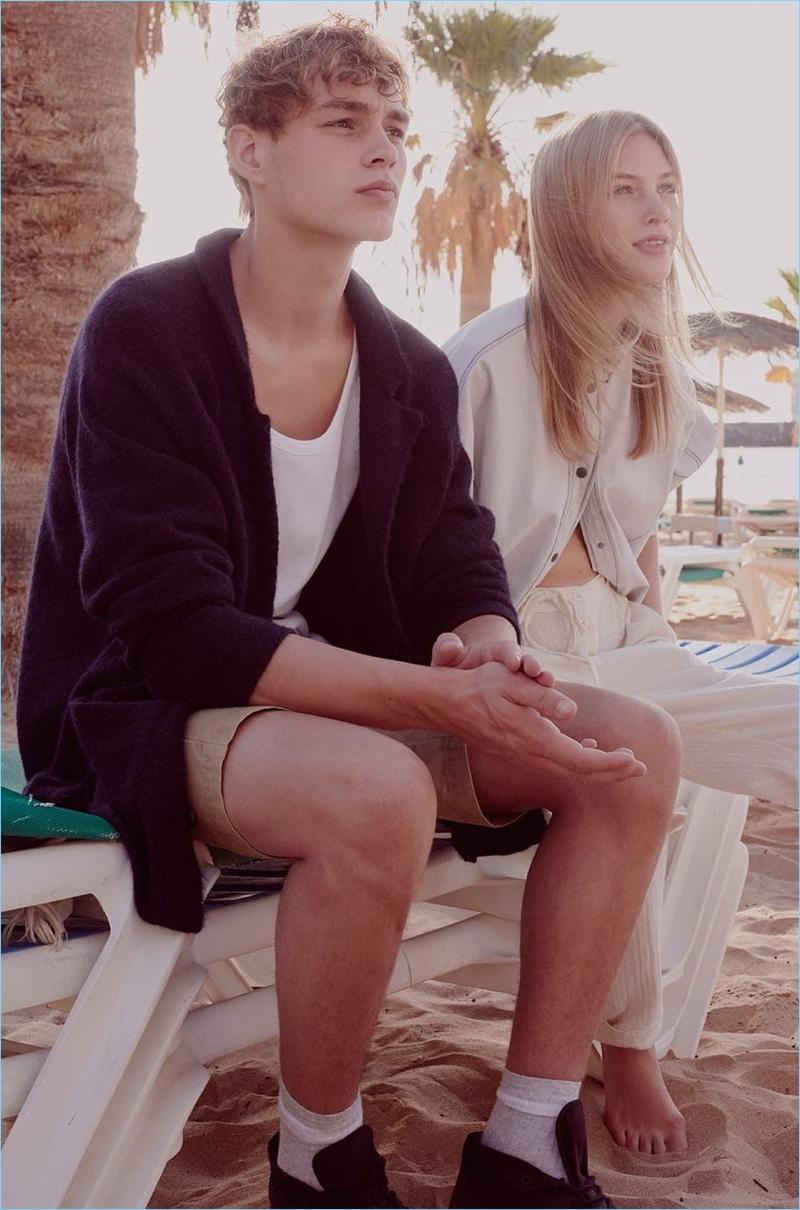 Julia Champeau photographs models Dani van de Water and Britt van der Voort for American Vintage.