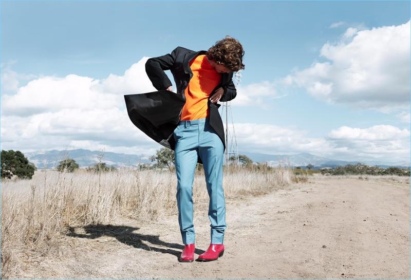 Model Fernando Albaladejo fronts CK Calvin Klein's spring-summer 2018 campaign.