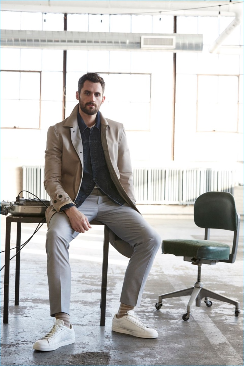 Cavaliers forward Kevin Love models a chic look from Banana Republic.
