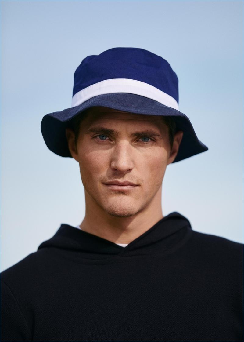 30d164a9c397b Sporting a bucket hat