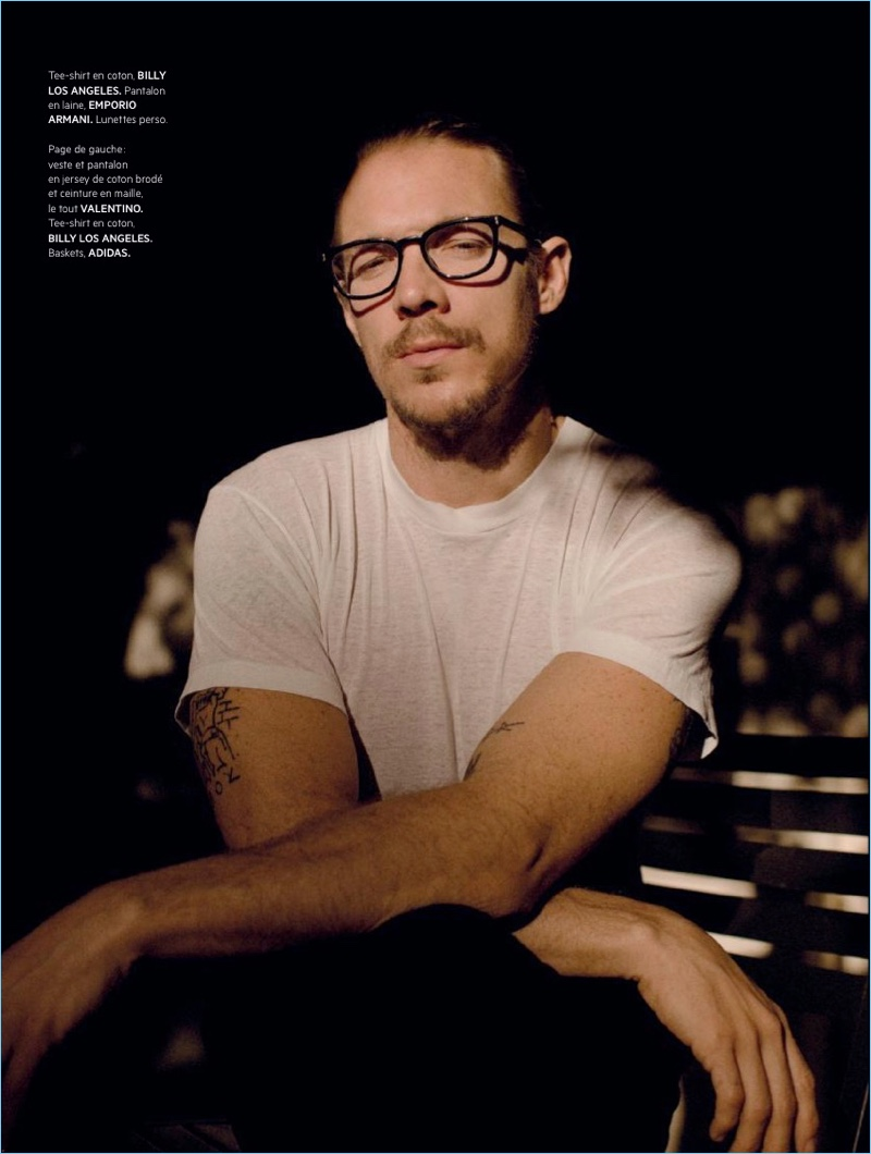 A smart vision, Diplo wears a Billy Los Angeles t-shirt and Emporio Armani pants.