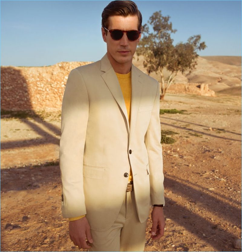 Ready for summer, Oriol Elcacho embraces tailored neutrals from Pedro del Hierro.