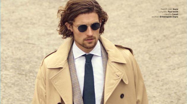 Wouter Peelen Dons Sharp Trench Coats for Wall Street Italia
