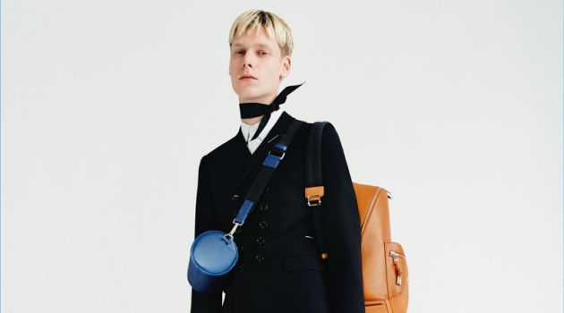 Dior Homme Unveils Fall '18 Leather Goods
