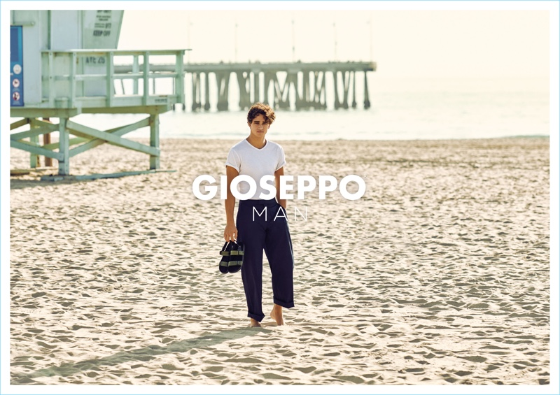 Front and center, Pepe Barroso stars in Gioseppo Man's spring-summer 2018 campaign.