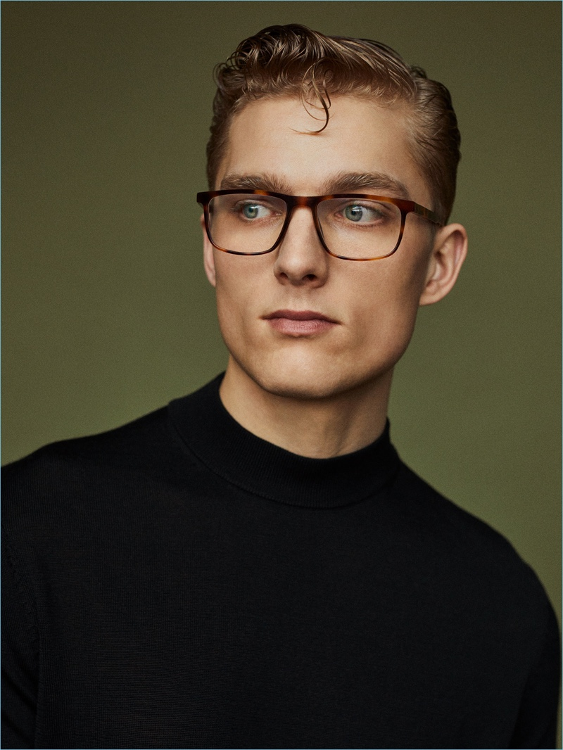 Nicklas Kingo wears Ørgreen Optics' Rob glasses from its Minimal Vintage collection.