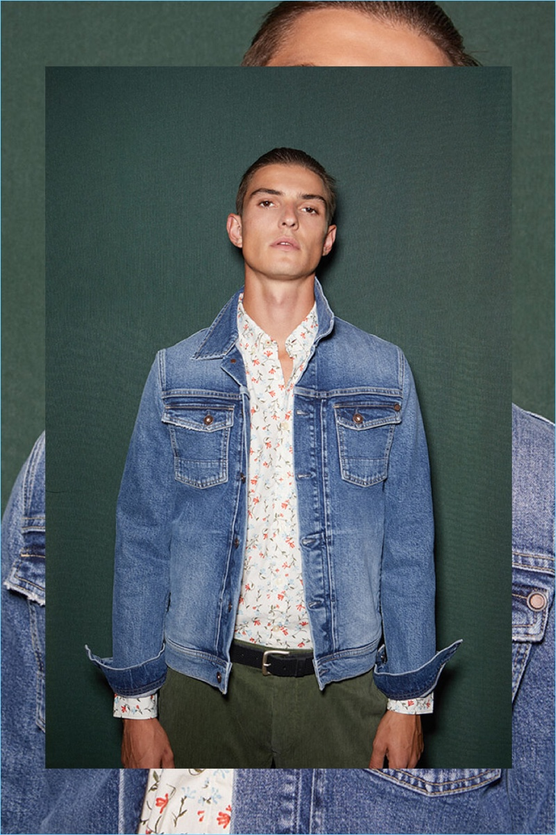A casual vision, Guerrino Santulliana sports denim from Pepe Jeans' pre-fall 2018 collection.