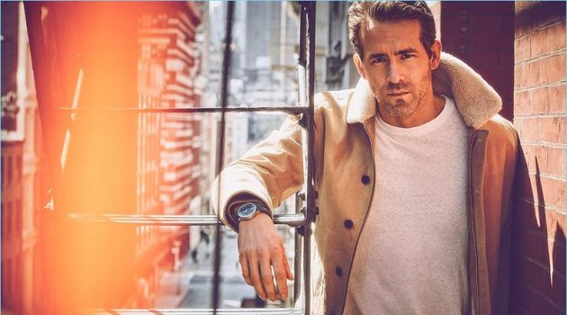 Ryan Reynolds wears a Kent & Curwen jacket with a Simon Miller t-shirt. He also wears Monitaly trousers and a Piaget watch.