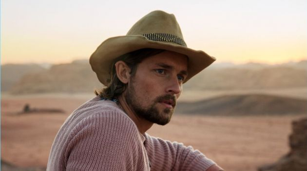 Wouter Peelen stars in Scotch & Soda's spring-summer 2018 campaign.