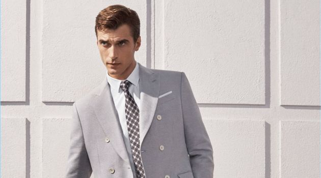 Sporting grey and pink, Clément Chabernaud wears a suiting number from Zara.