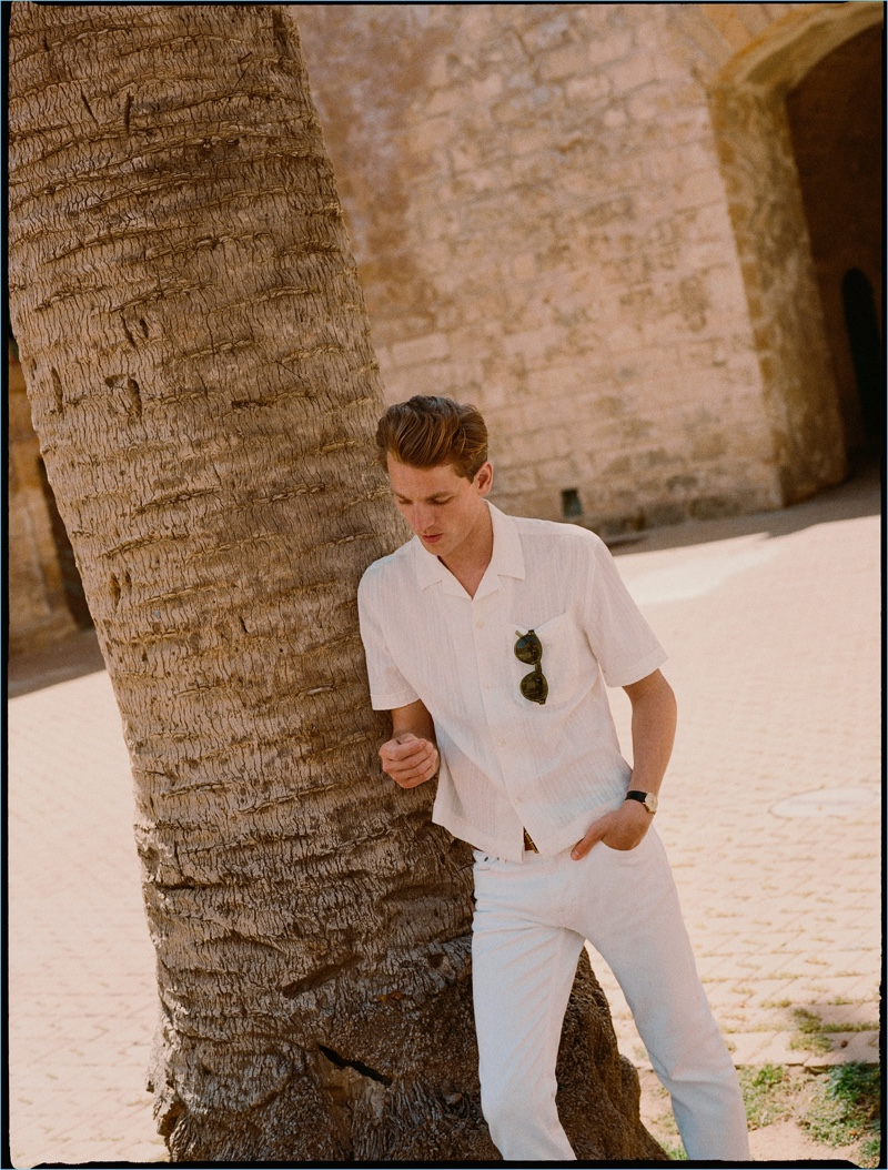Hugo Sauzay dons white denim from Mango Man.