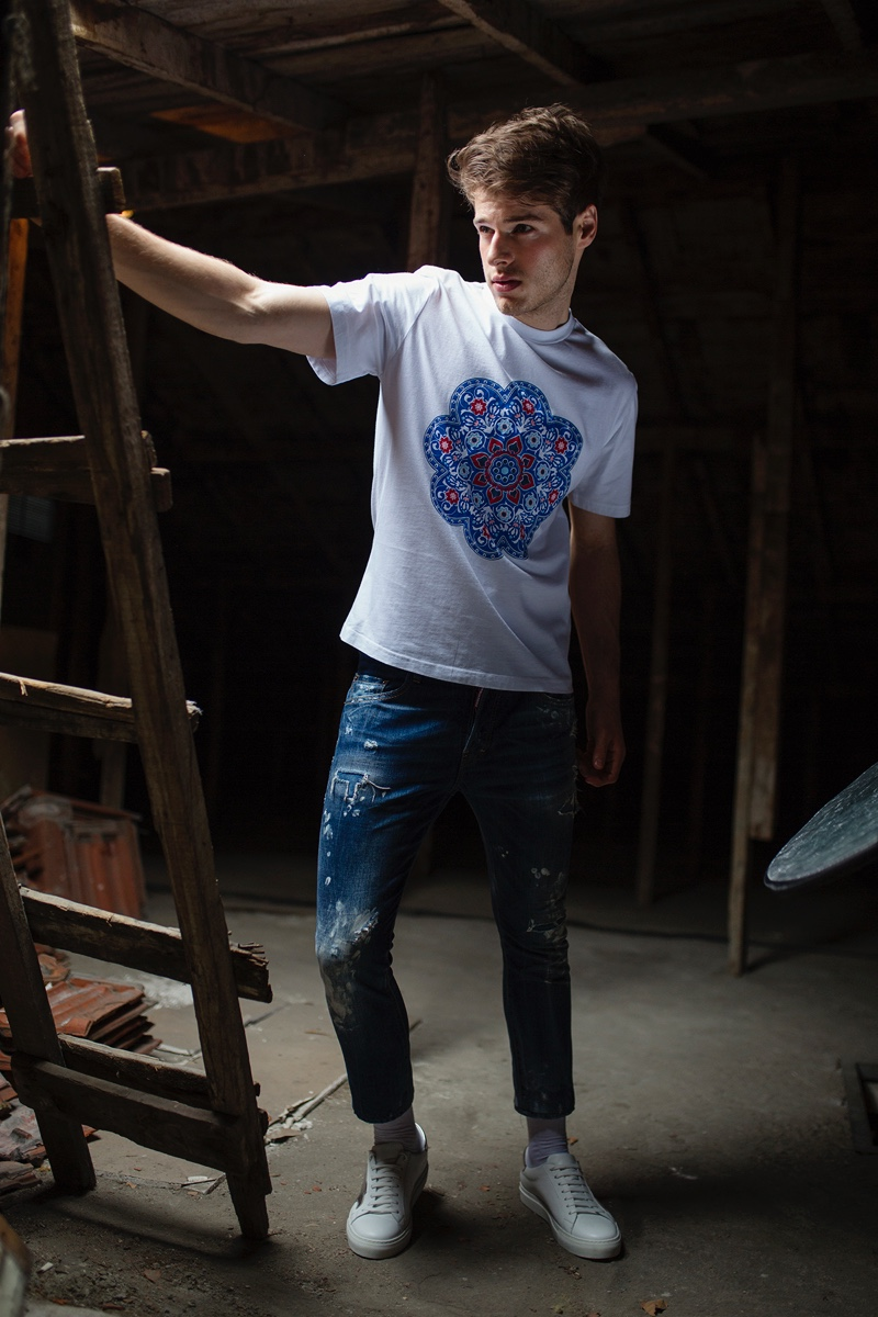 Matheus wears t-shirt Gokhanyavas, jeans Dsquared2, socks Penti, and shoes Incideri.