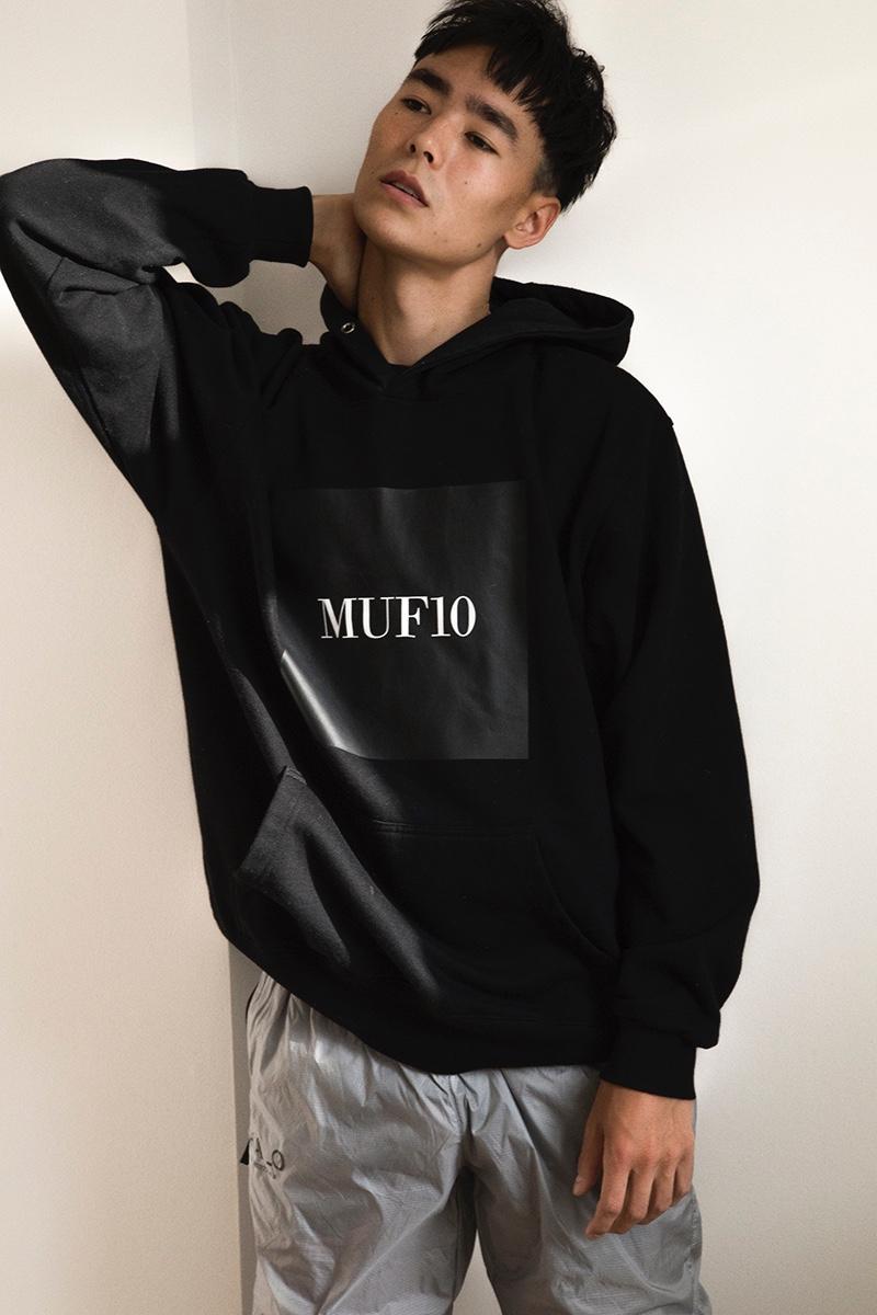 Mihn wears hoodie Muf10 and pants Newline Halo.