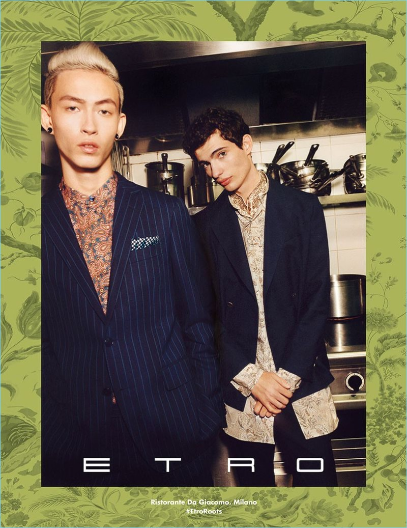 Models Simon Martyn and Piero Mendez appear in Etro's spring-summer 2018 campaign.