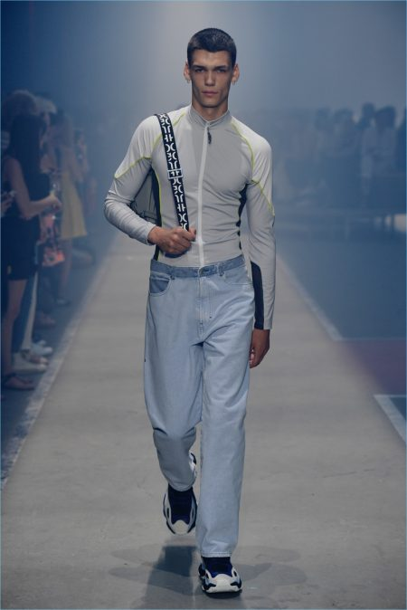 Hugo Spring 2019 Men S Collection Runway Show Hugo
