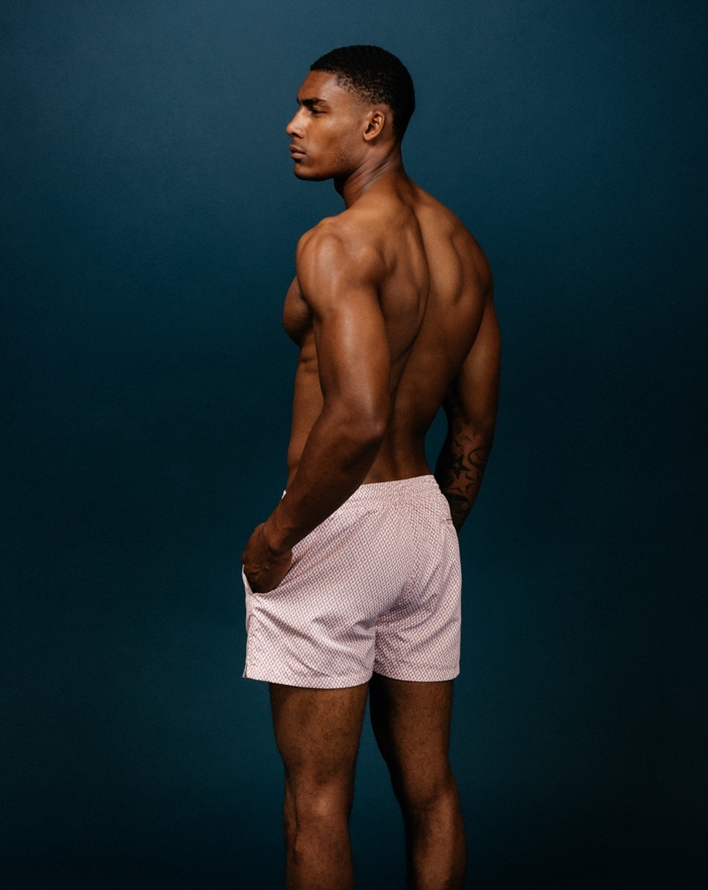Taejahn wears Rossio swim shorts Qvinto.