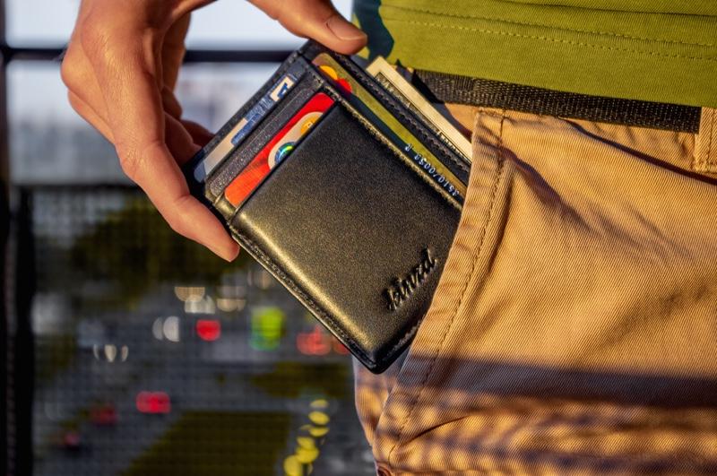 Man's Wallet Guide: Men Style Tips