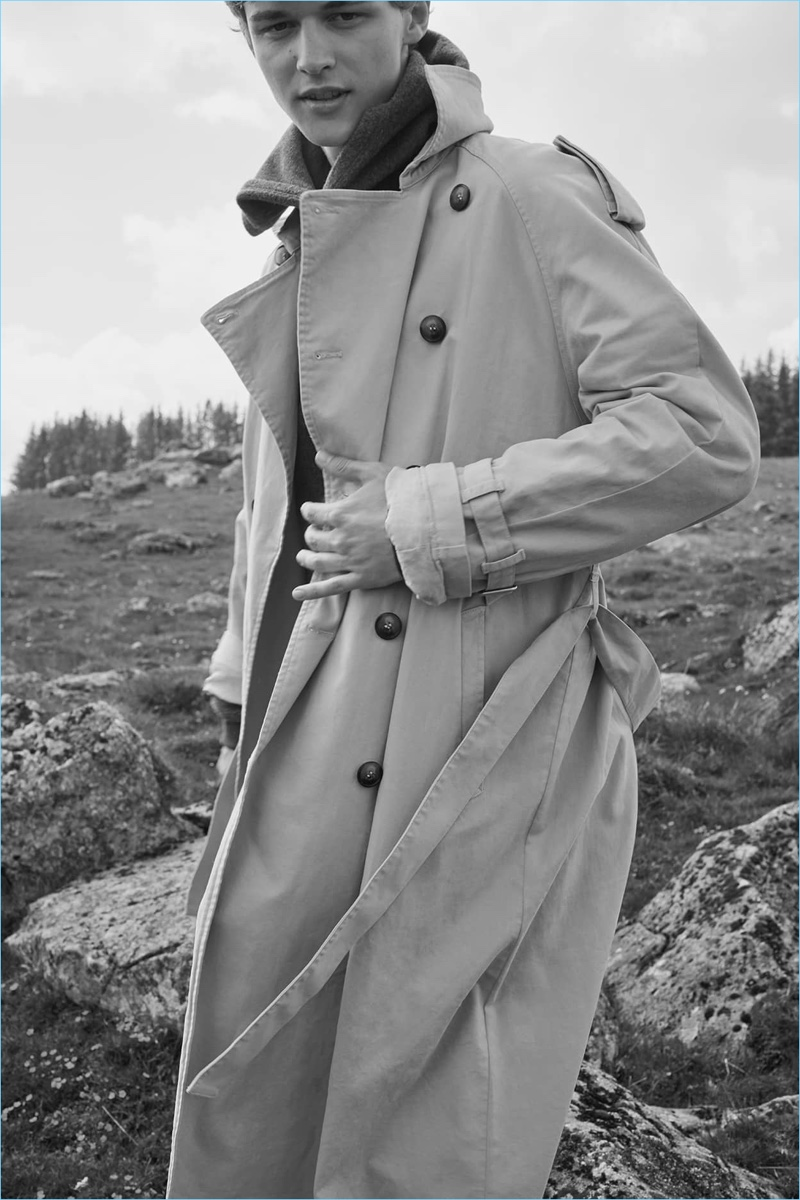 Sporting a trench coat, Max Barczak connects with American Vintage for fall-winter 2018.