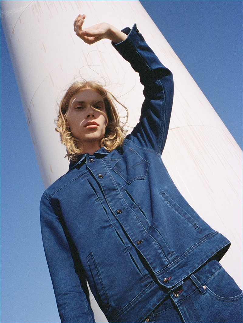 Sporting a double denim look, Kit Warrington links up with Reserved.