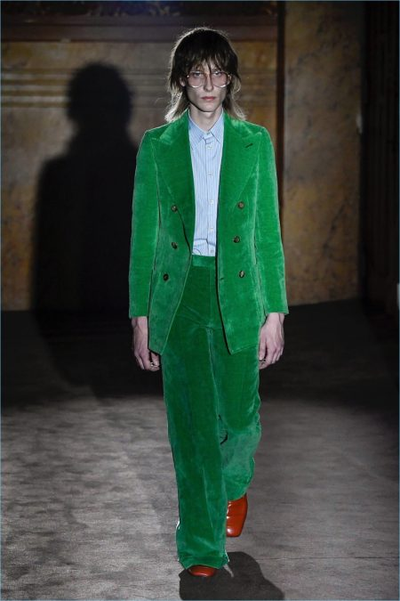 Androgyny Prevails for Alessandro Michele's Spring '19 Gucci Collection