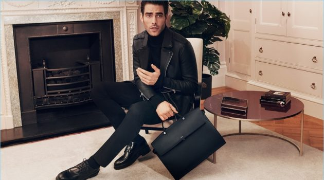 Jon Kortajarena promotes Furla's Mercurio bag for its new fall 2018 campaign.