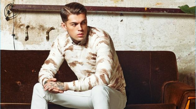 Stephen James fronts Refresh Shoes' fall-winter 2018 campaign.