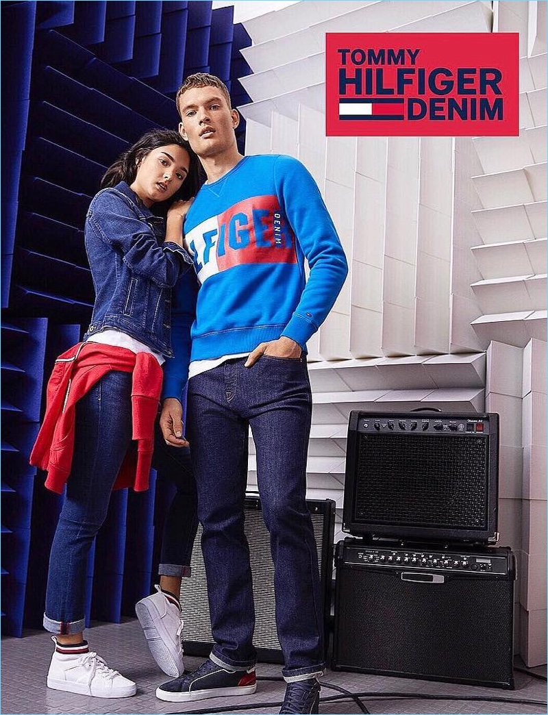 William Los goes sporty in a casual look from Tommy Hilfiger Denim.