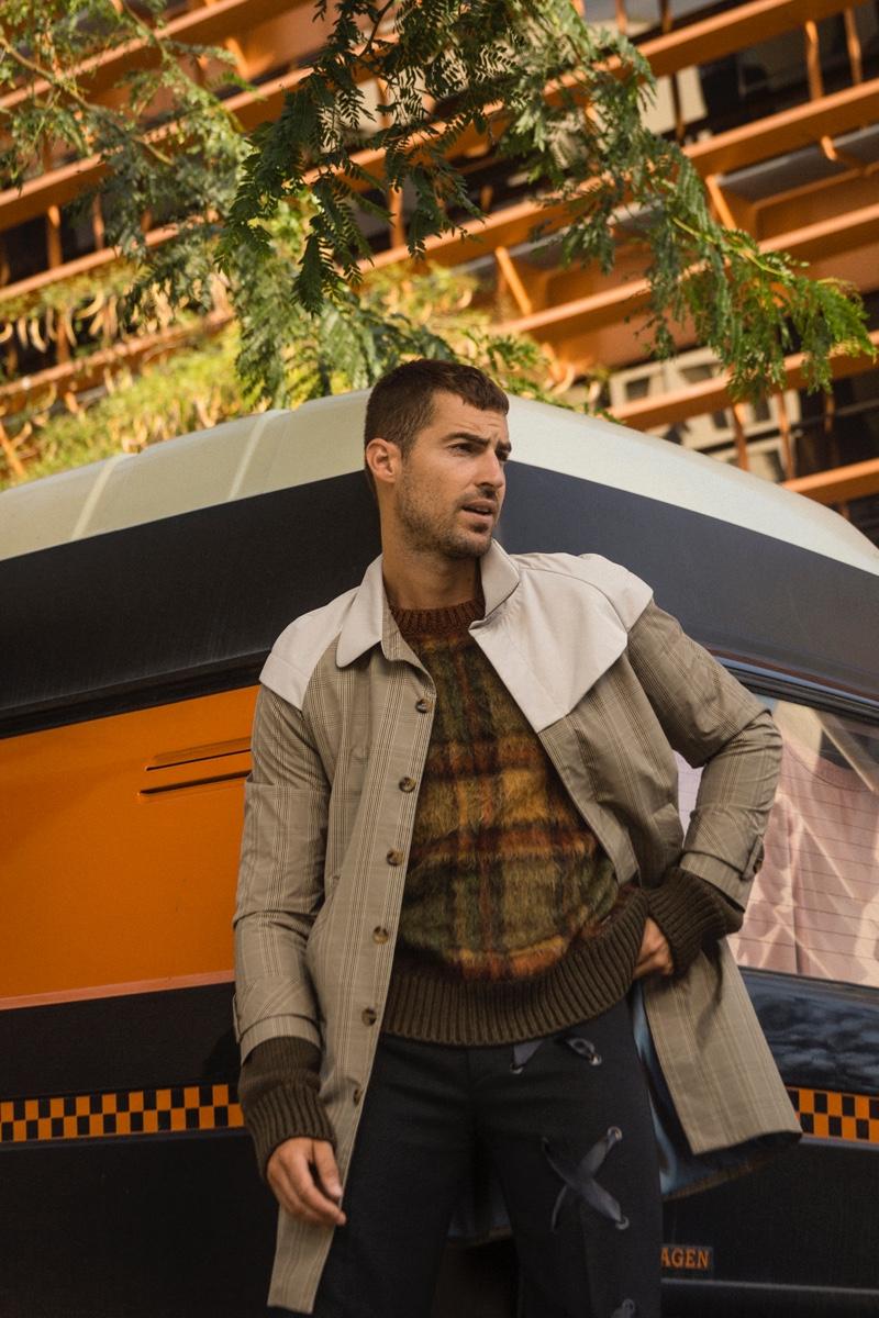 Antonio wears coat Llamazares y de Delgado, sweater Dsquared2, and trousers Mans Concept.