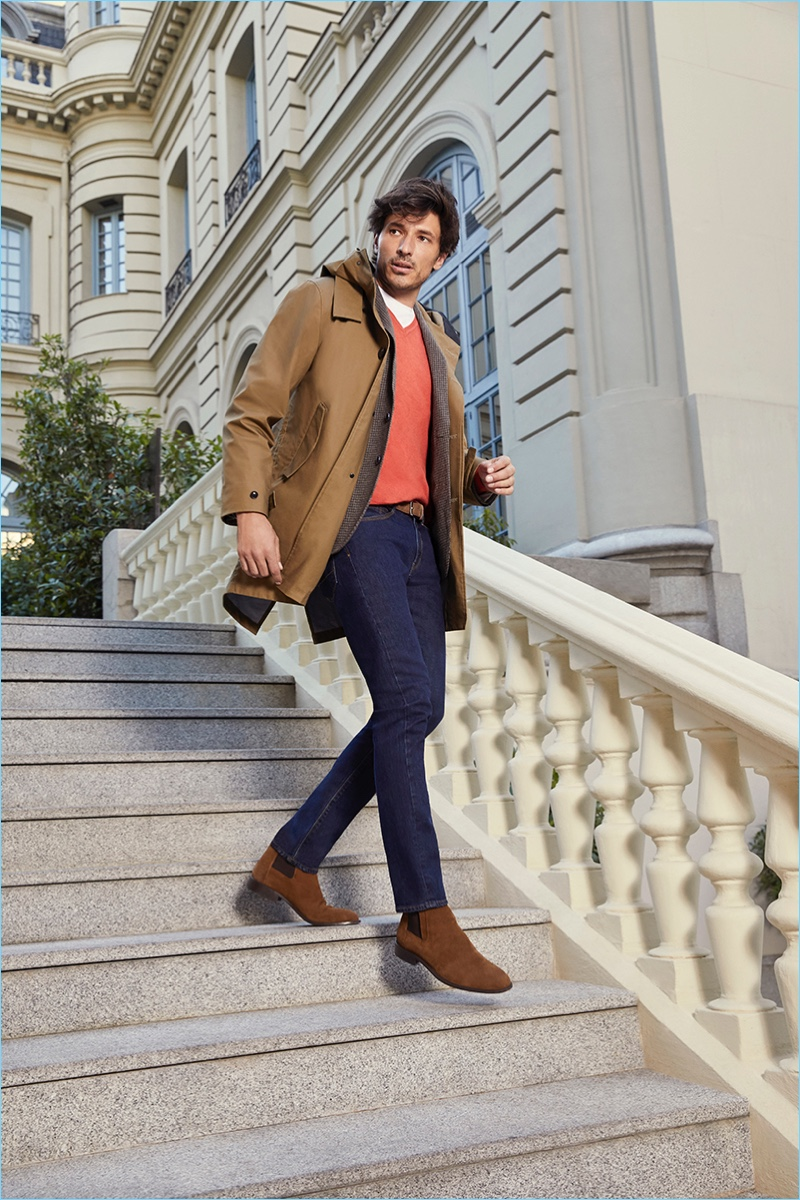 Stepping out, Andres Velencoso stars in Cortefiel's fall-winter 2018 campaign.