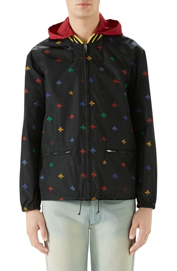 a0c98a6f5 Men's Gucci Bee Print Lightweight Jacket | The Fashionisto