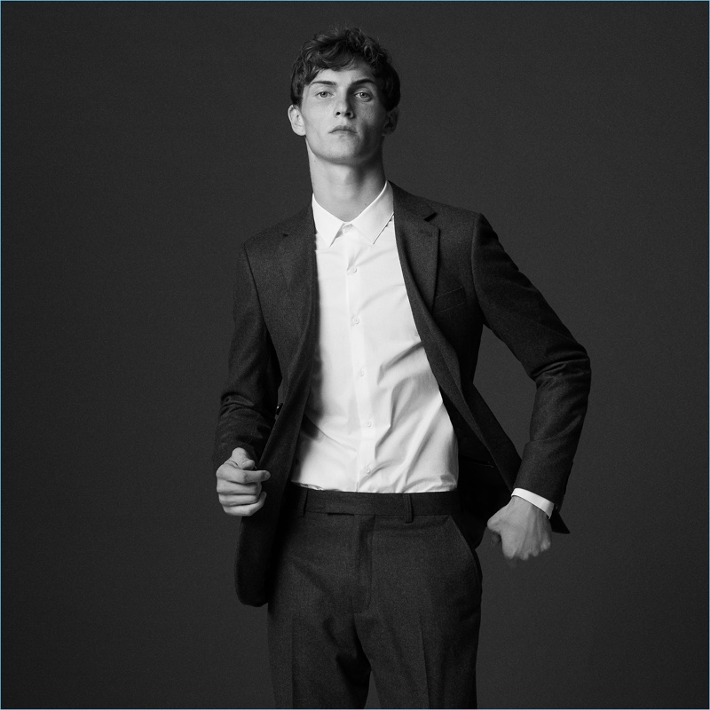 Luc Defont-Saviard dons a wool suit from Sandro.